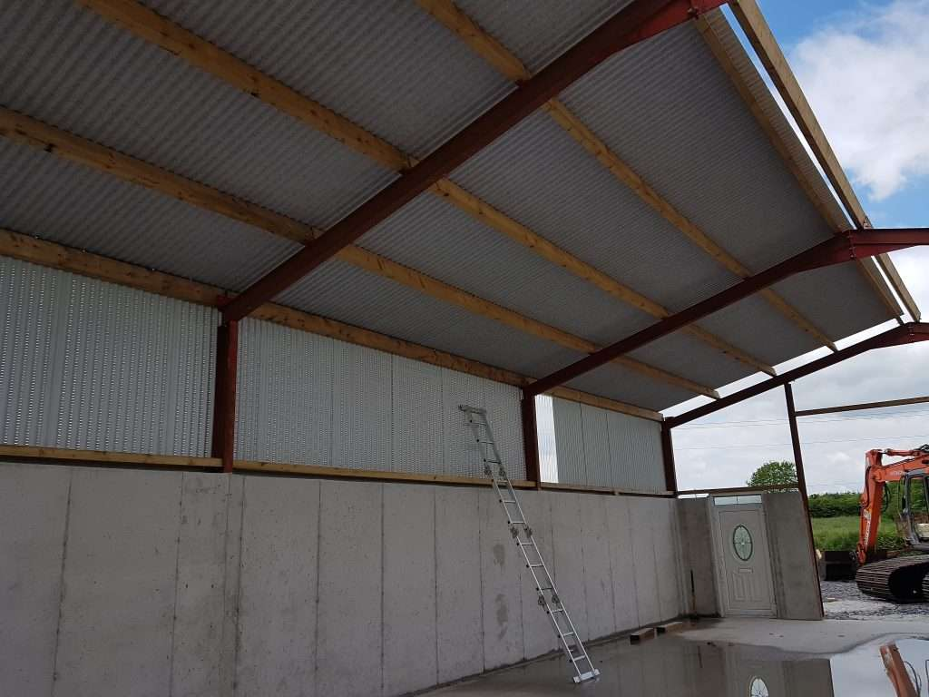 Single Skin Non Drip sheeting, Timber Purlins, Ventilationed Sheeting, Sligo