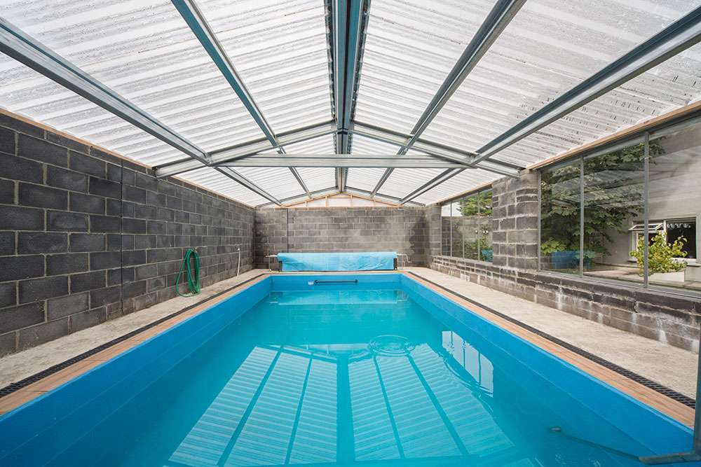 Box Profile Polycarbonate for Swimming Pool in Dublin